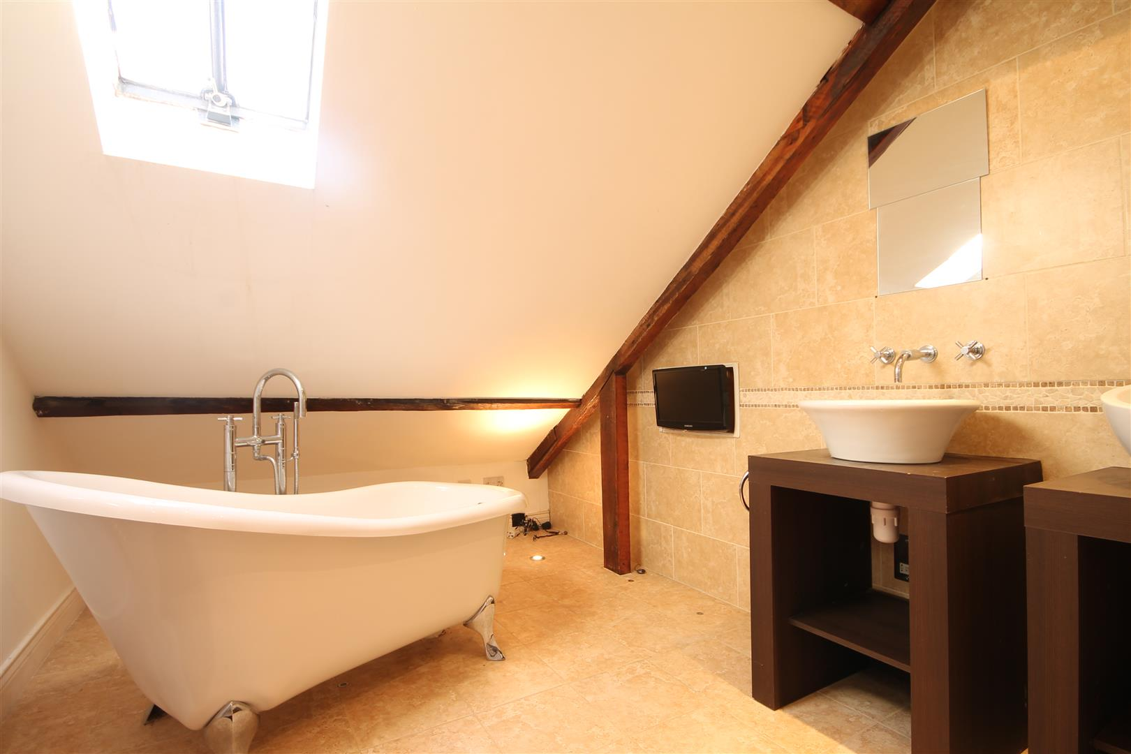Falconars Apartments Newcastle Upon Tyne, 2 Bedrooms  Apartment ,For Sale
